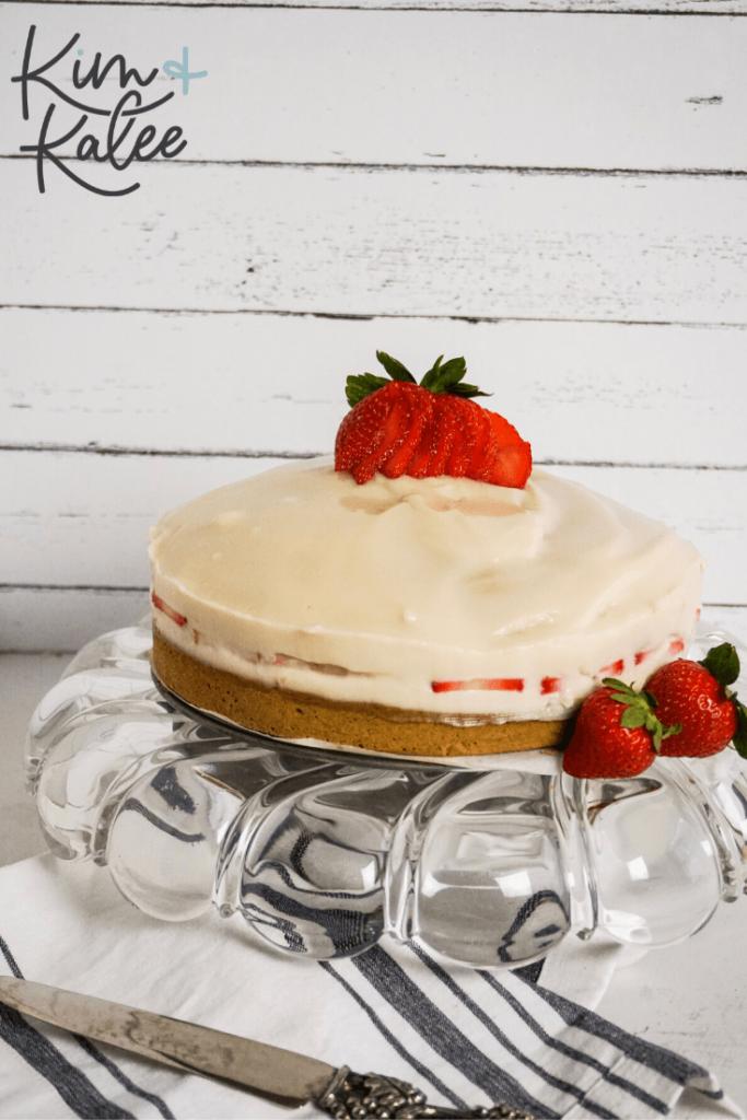 Strawberry Shortcake Cheesecake on a pie plate