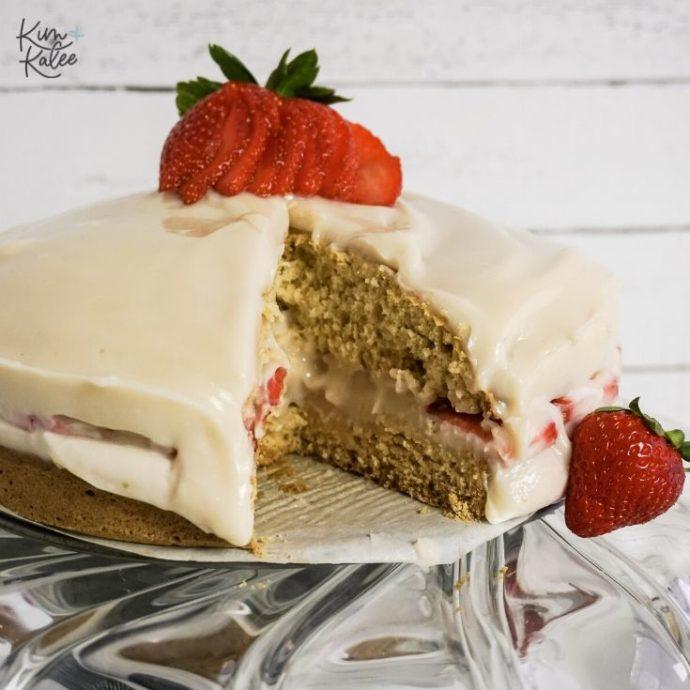 fresh strawberry shortcake no bake cheesecake