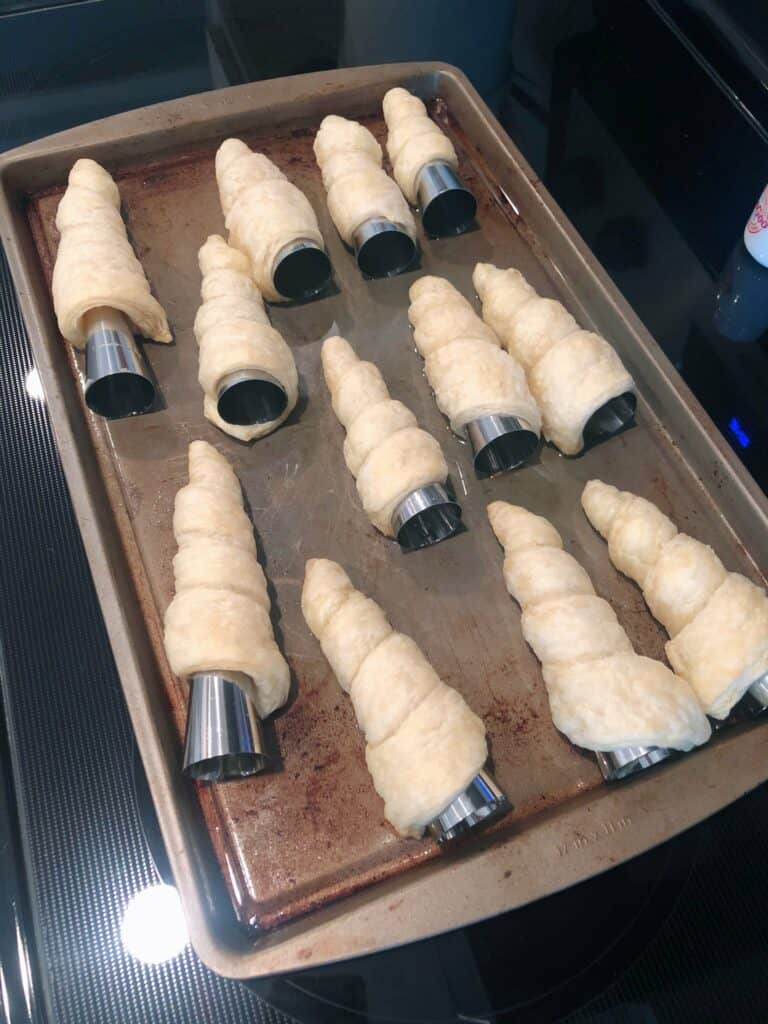 how to make cream horns at home