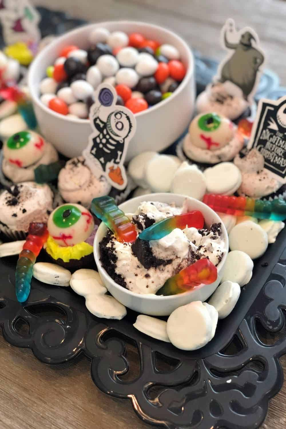 nightmare before Christmas cake toppers for the tray